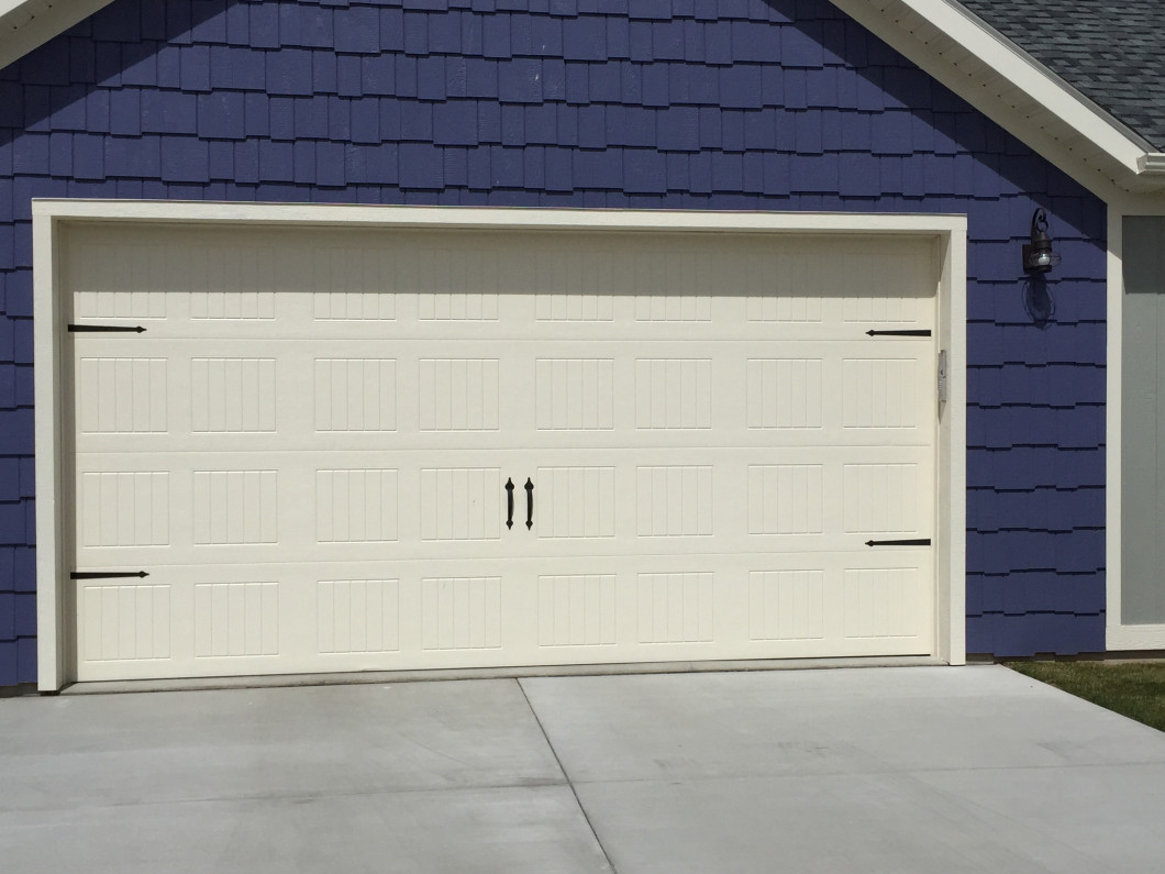 Garage Door Maintenance & Garage Door Repair